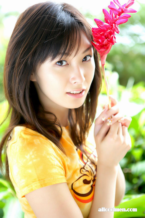 日本清纯美女 长泽奈央清新写真