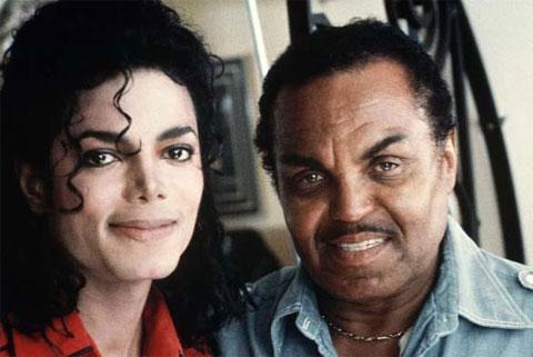 29 de Agosto: Megapost de Michael Jackson (imgs+info+video)