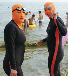 Ski masks become sea masks in Qingdao