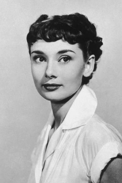 """短发/20世纪50年代时,发型的名字都比较有趣,例如""""蓬松"""",""""翻转..."""