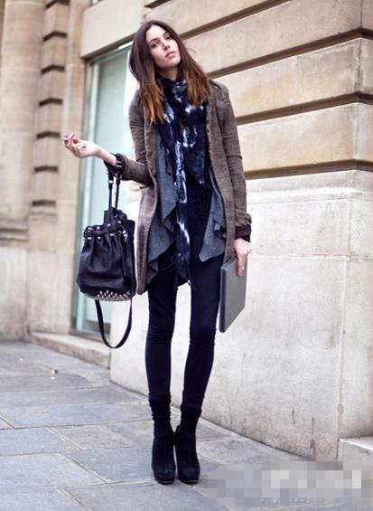 欧美街拍大衣+短靴时尚搭配六