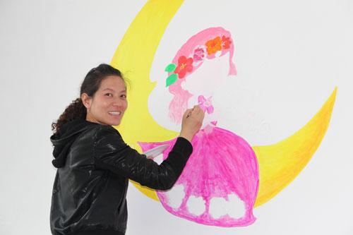 八五六农场幼儿园教师巧手画出孩子 心中梦
