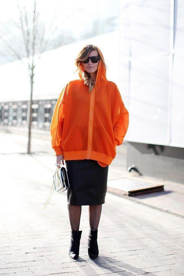 春天来了 学潮人彩色薄大衣纷纷穿出街-时尚|潮流-网