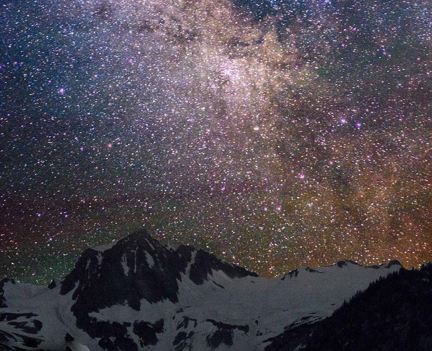繁星满天 摄影师捕捉夜空美景