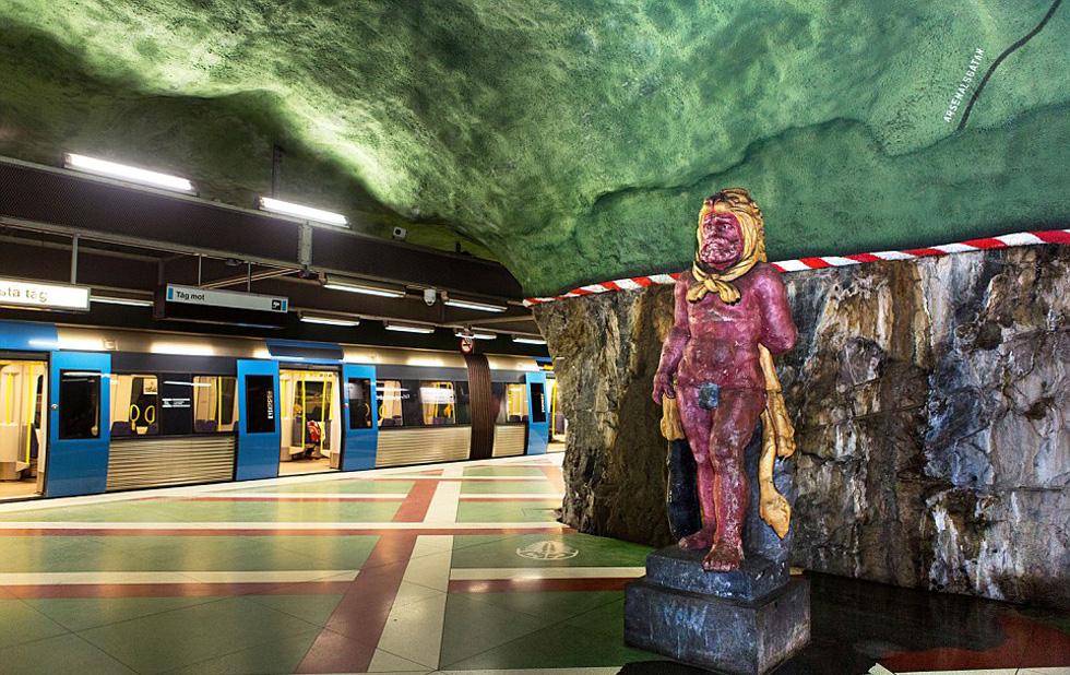 стокгольм станция метро фото думаю