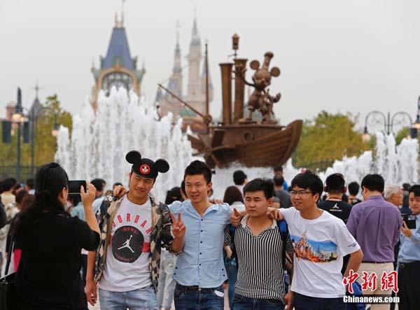 上海ディズニーが試験運営を開始